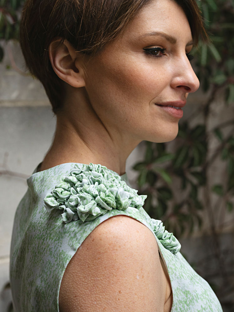 Moss Top Shoulder Detail