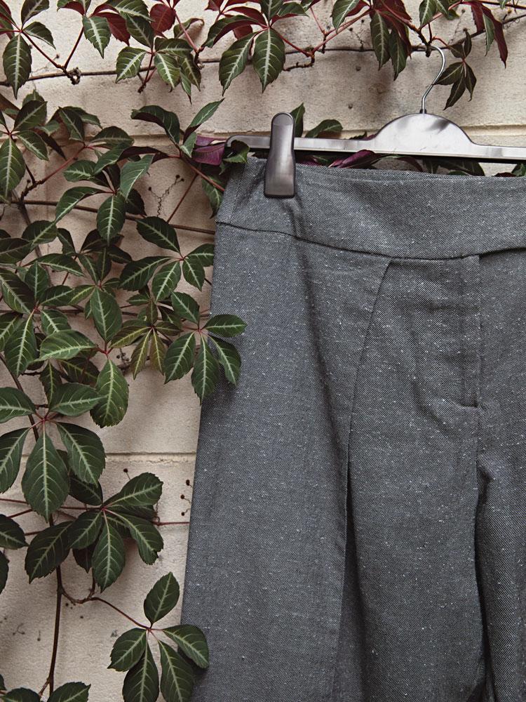 Charcoal Birch Trouser waistband detail